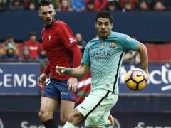 Messi y Luis Suárez liquidan al Osasuna