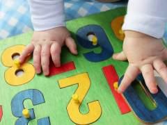 Una madre explica por qué no enseña a sus hijos a compartir sus juguetes