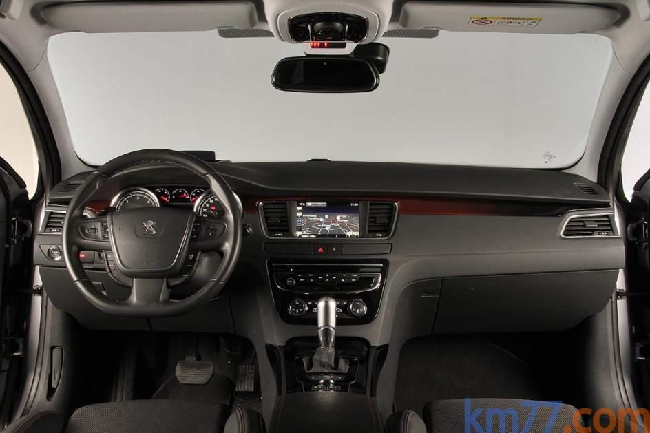 Aspecto interior del Peugeot 508 RXH