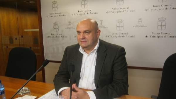 El Diputado De Foro En La Junta General Pedro Leal.