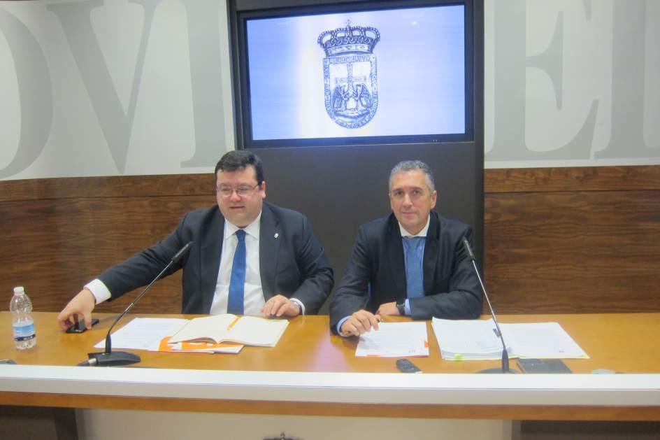 Resultado de imagen de fotos de los concejales de Ciudadanos en Oviedo