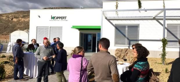 koppert biological systems inaugura en vícar un centro de