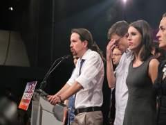 Pablo Iglesias e Iñigo Errejón en la noche electoral