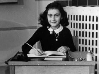 Encuentran en un campo de concentración un colgante que podría haber sido de Ana Frank