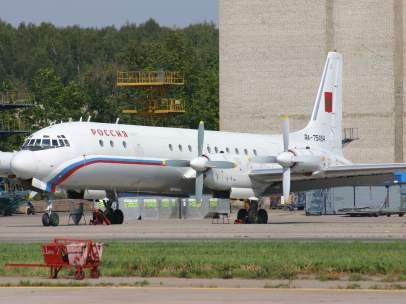 Avión Ilyushin IL-18