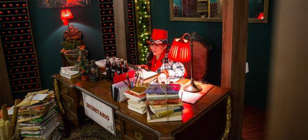 La casa de la navidad llega a madrid una academia de elfos se instala en gran v a - Casa papa noel madrid ...
