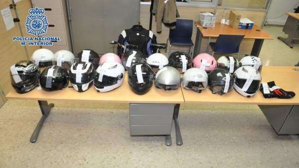 Cascos robados intervenidos por la Policía Nacional