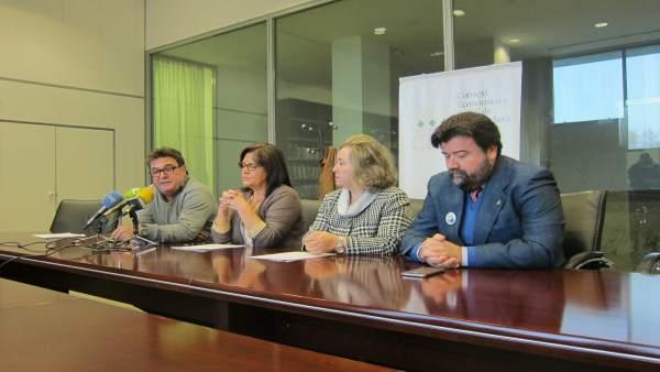 Firma del Pacto Social y Político por el Ferrocarril en Extremadura