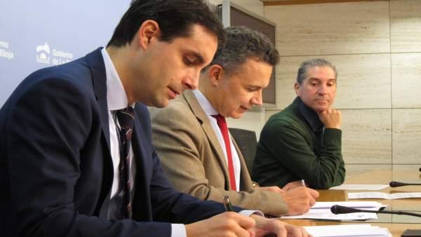 Firma convenio reconocimientos médicos por Juegos Escolares