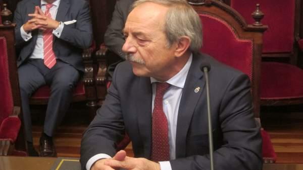 El Alcalde De Oviedo, Wenceslao López.