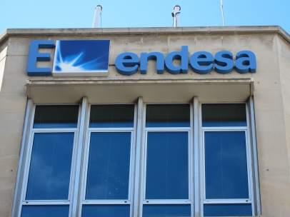 Sede y logo de Endesa