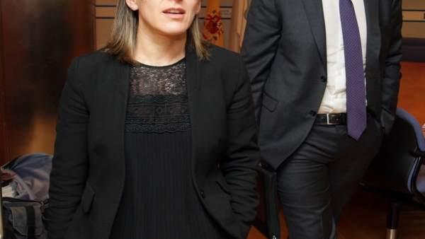 A Conselleira De Infraestruturas E Vivenda, Ethel Vázquez, Acompañada Do Direct