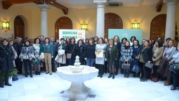 Celebración del 30 aniversario de los servicios sociales comunitarios.
