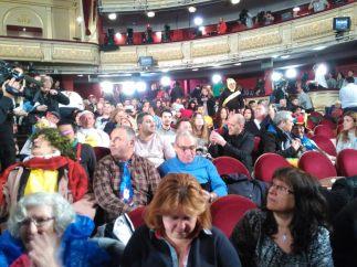 Expectación en el Teatro Real