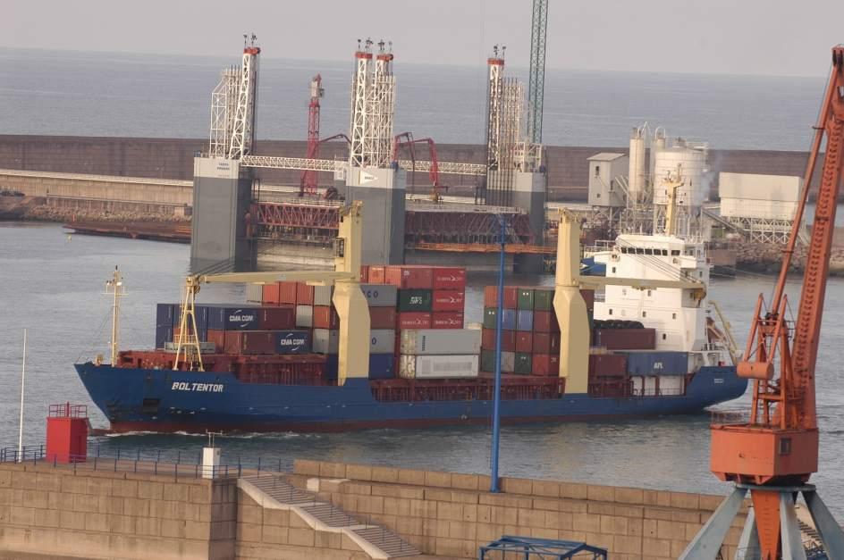 Autorizados 56 33 millones para continuar las obras de acceso al puerto de el musel - Puerto de gijon empleo ...