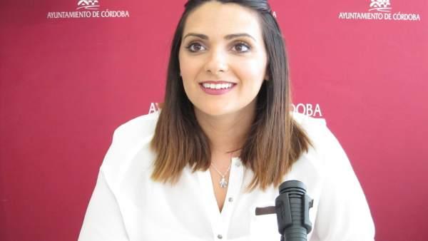 Carmen González en una rueda de prensa en el Ayuntamiento