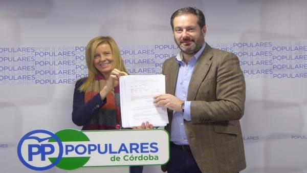 Alarcón y Molina en la sede del PP