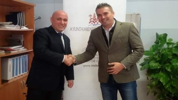 Montoro (dcha.) y Sanz durante el encuentro