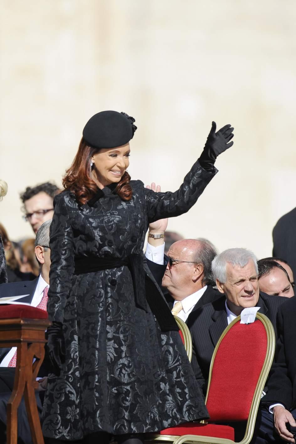 la justicia argentina ordena procesar a la expresidenta cristina fern ndez de kirchner. Black Bedroom Furniture Sets. Home Design Ideas