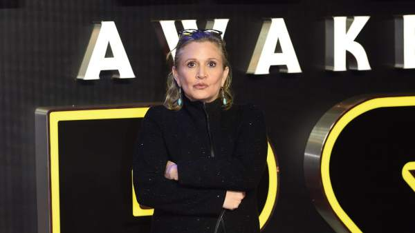 Muere Carrie Fisher a los 60 años.