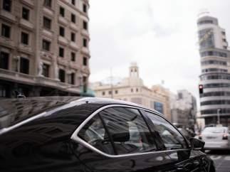 Cabify y Uber se defienden de las acusaciones de los taxistas