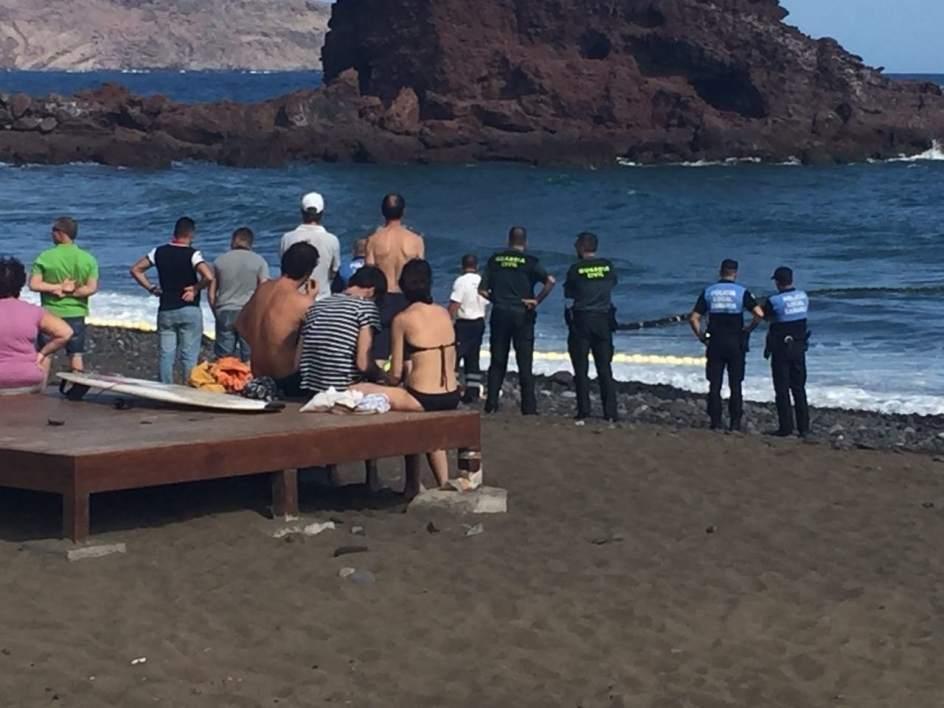 Tres personas fallecen ahogadas en Canarias, una por un golpe de mar