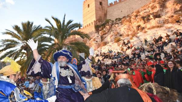 Los Reyes Magos salen de La Alcazaba