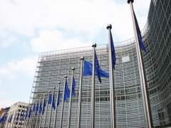 Bruselas valida el presupuesto español para 2017, pero advierte del déficit