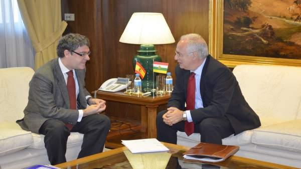 Reunión Ceniceros con el ministro de Energía, Álvaro Nadal