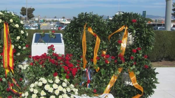 Placa por el accidente de Germanwings de 2015 (Aeropuerto de Barcelona).