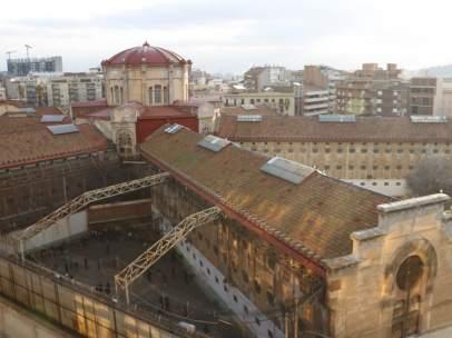 Plano general aéreo de la cárcel Modelo de Barcelona.