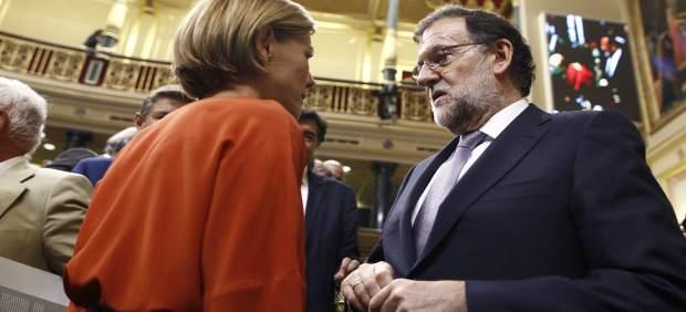 María Dolores de Cospedal y Mariano Rajoy en la sesión de investidura