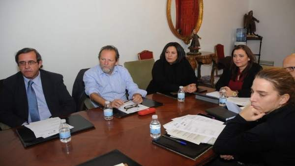 Carrillo (dcha.) durante el encuentro