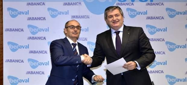Firma del acuerdo de colaboración entre Iberaval y Abanca