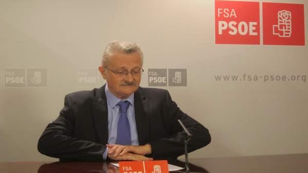 El Diputado En El Congreso Del PSOE Por Asturias, Antonio Trevín.
