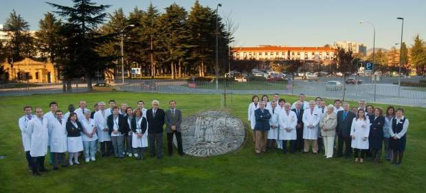 Representantes de la CUN, del CHN y de instituciones de enfermedades renales
