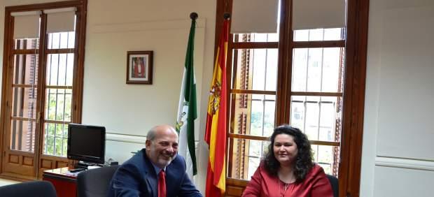 Reunión entre Ricardo Gil-Toresano y Esther Gil