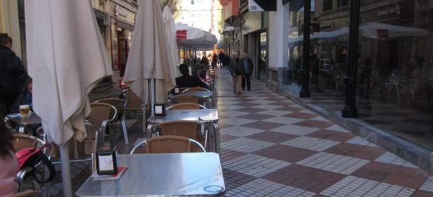 Calle de veladores en Córdoba capital