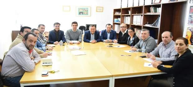 Heredia reune con socialistas en Villanueva del Rosario