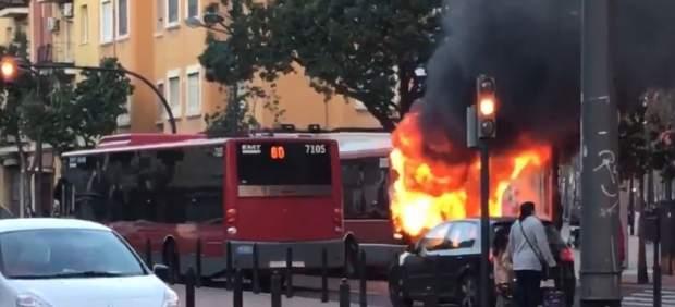 L'autobús de l'EMT València incendiat en Peset Aleixandre era un dels més antics de la flota
