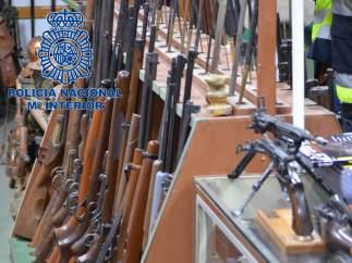 Desarticulación de una organización criminal a la que se han incautado 8.000 armas