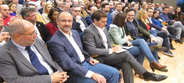 Igea, Fuentes y Rivera, durante el acto celebrado en la Feria de Muestras
