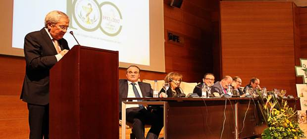 Fernando Ónega abre el centenario del Colegio de Farmacéuticos de Jaén