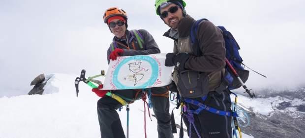 Fwd: Nota De Prensa: Hermanos Romero Alcanzan El Techo De Colombia Y Portan Mens