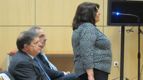 Olivas (centro) junto a su mujer y Cotino