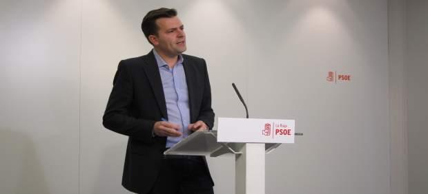El secretario de Salud del PSOE riojano, Julián Olagaray, analiza las Urgencias