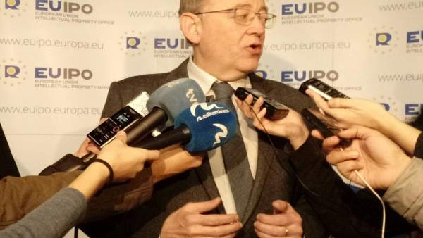 Ximo Puig en atención a los medios este viernes en la EUIPO