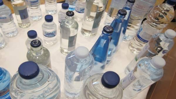 Recurso de botellas de agua