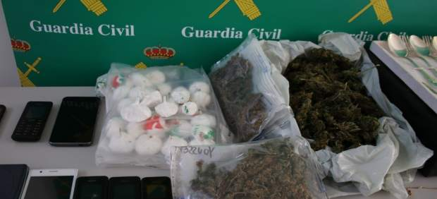 Material incautado por la Guardia Civil