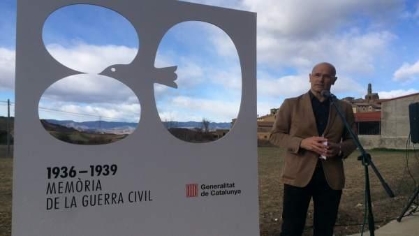 Conseller Raül Romeva: trinchera de la guerra en Isona i Conca Dellà (Lleida)